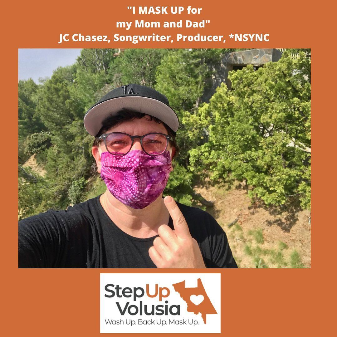"Image of JC Chasez, Songwriter & Producer of NSYNC wearing a mask and saying ""I Mask up for my Mo"